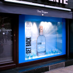 Escaparate Get Black Blue Gin
